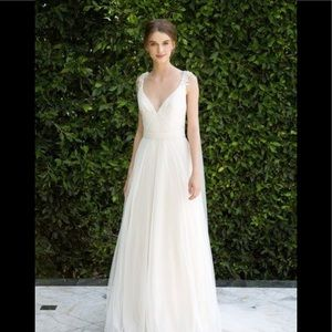 Bliss Monique Lhuillier tulle beaded wedding dress
